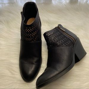 Qupid Black Ankle Booties Size 8.5
